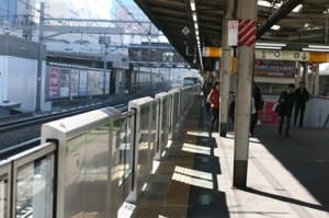 JR高田馬場駅に念願のホームドア設置!