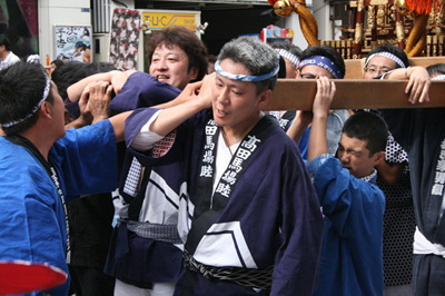 諏訪神社例大祭に行って街の歴史を聞いてきた。