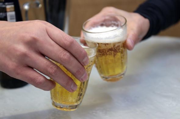 まずはビールでかんぱい