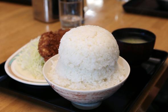 オトボケのメンチカツ定食(ダブルス)